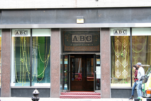 Abc kitchen comer dentro de una tienda m gica sola en for Abc carpet outlet store